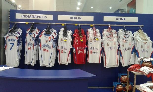 Ekskluzivne prodavnice Košarkaškog saveza Srbije u Roda Megamarketima širom Srbije