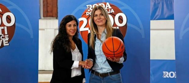 Roda i ženska košarkaška reprezentacija obradovali osnovce